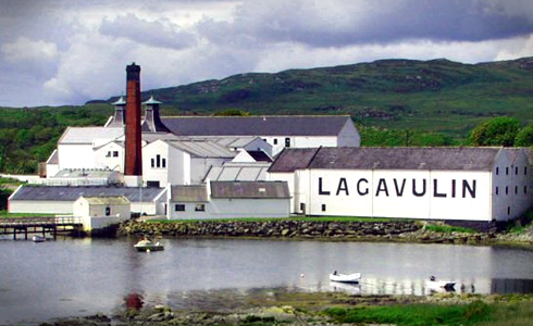 Lagavulin Distillery in Port Ellen (Scotland)