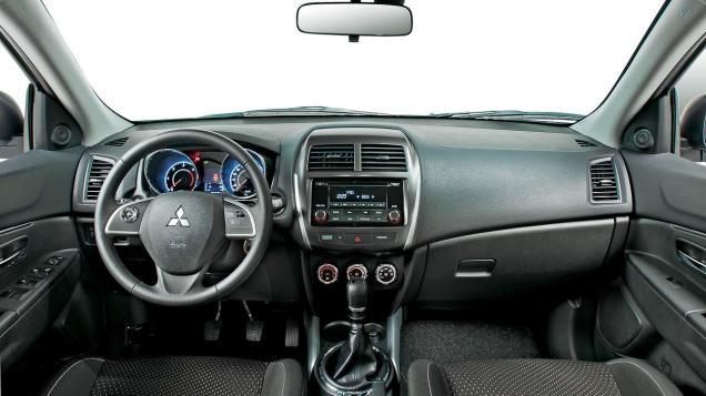 Mitsubishi Asx interior