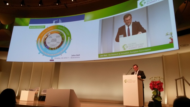 John Bell at Global Bioeconomy Summit in Berlin (25 November 2015)